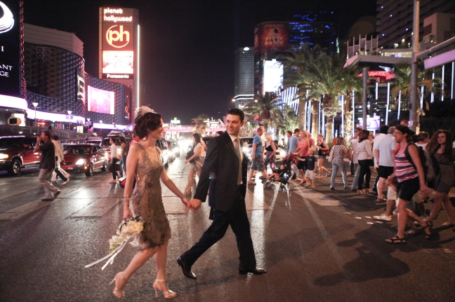 Las Vegas Wedding Photo on Strip: Get married in Vegas